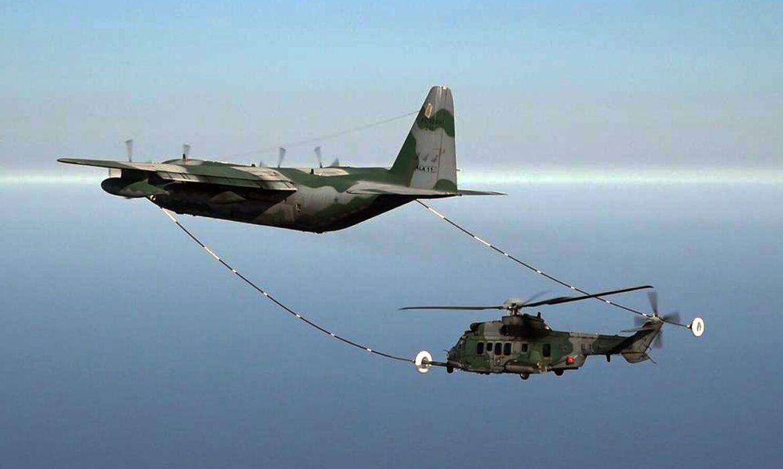Brasil será primeiro país da América do Sul com capacidade para reabastecimento de helicóptero em voo.