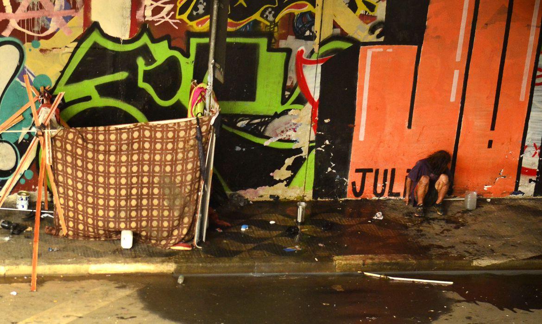 São Paulo - Moradores em situação de rua sobrevivem na Avenida Rebouças (Rovena Rosa/Agência Brasil)