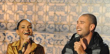 Teresa Cristina e Diogo Nogueira no Samba na Gamboa