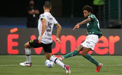 Luiz Adriano, Palmeiras, sport, brasileiro