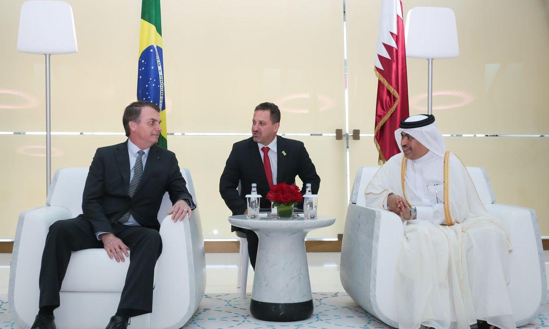Presidente da República, Jair Bolsonaro durante encontro com Presidente da Qatar Airways, Akbar Al Baker.