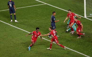Liga dos Campeões - Jogadores do Bayern Munique comemoram gol contra o Paris St Germain na final da última edição da Liga dos Campeões 23/08/2020