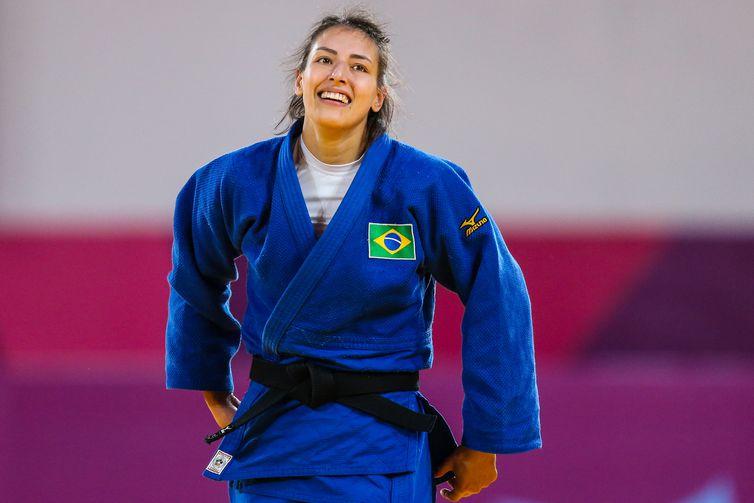 Alexia Castilhos (Brasil), medalha de bronze na categoria -63kg do jud