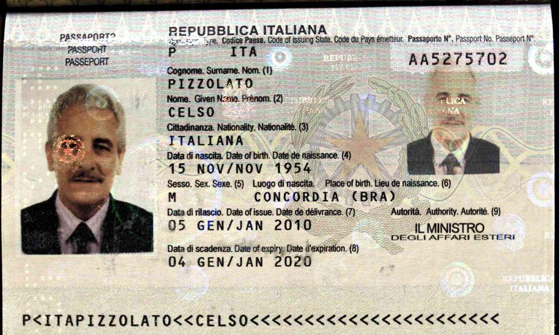 Passaporte de Henrique Pizzolato