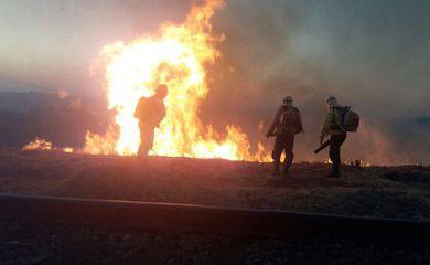 Combate ao fogo no Parque Estadual da Serra do Rola-Moça, na região metropolitana de Belo Horizonte