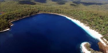 Episódio desembarca na Ilha Fraser (Austrália)
