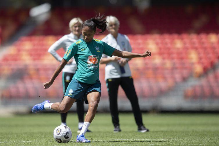 Ary BOrges - seleção feminina futebol brasileira - meia