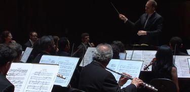 Orquestra Sinfônica da UFF presta homenagem à obra do maestro pernambucano Moacir Santos no Partituras