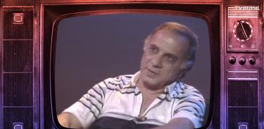 Recordar é TV reverencia a voz romântica de Tito Madi