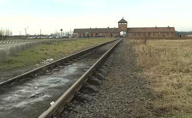 Auschwitz é um lugar histórico (campo de extermínio nazista da Segunda Guerra Mundial, Auschwitz)