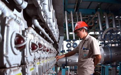 indústrias; fábricas,Usina de Cana Estivas.