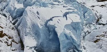 A série Terra, poder  do planeta mostra a força do gelo