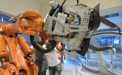 Com o acordo, pesquisadores de 15 intitutos Senai de Inovação operacionais podem acessar as inovações produzidas pelos institutos Fraunhofer, principalmente em tecnologias, que não estão disponíveis no Brasil