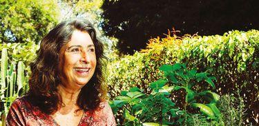 Dra Lívia Martins