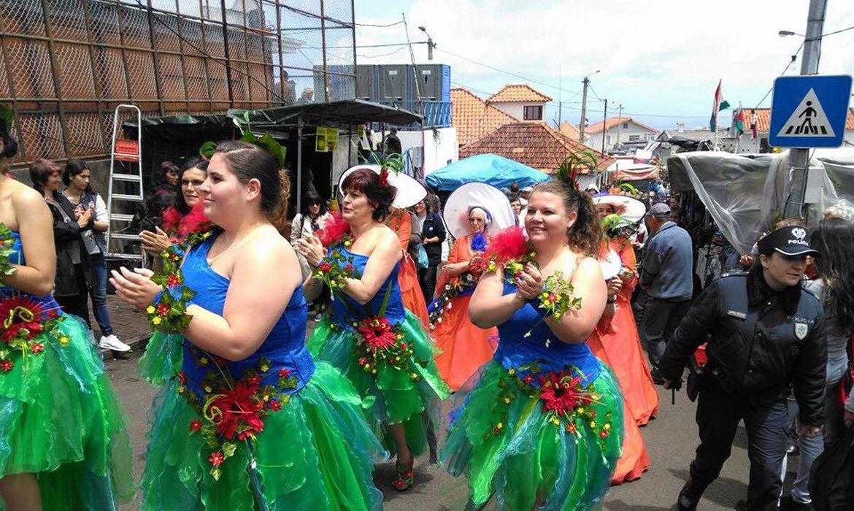 O carnaval da Ilha da Madeira é animado pelo cortejo da Associação de Animação Geringonça