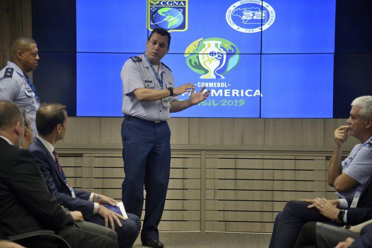 O Comando da Aeronáutica inaugura uma Sala Master de Comando e Controle - Copa América 2019, no Centro de Gerenciamento da Navegação Aérea (CGNA). Na foto, o comandante do CGNA, coronel aviador Sidnei Nascimento de Souza.