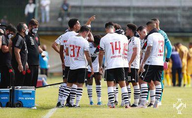 Vasco e Madureira empatam em 2 a 2 na Taça Guanabara