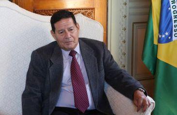 Hamilton Mourão foi indicado pelo PRT para vice na chapa de Jair Bolsonaro