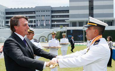 Presidente Jair Bolsonaro, participa da cerimônia de Declaração de Guardas-Marinha de 2020 e da Entrega de Espadas da Turma Capitão-Mor Jerônimo de Albuquerque, no Rio de Janeiro