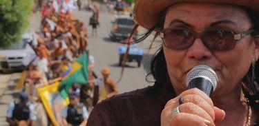O Milagre de Santa Luzia apresenta a ativista da cultura cearense Dona Dina