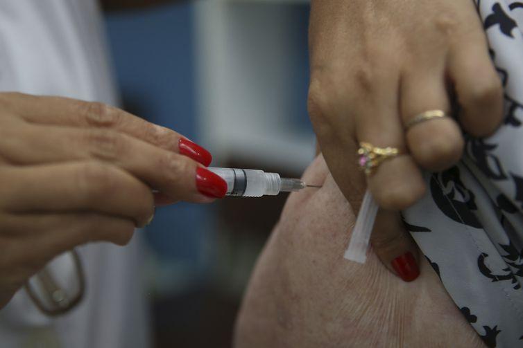 Período de vacinação contra a gripe é ampliado até 15 de junho