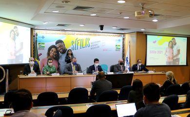 O Secretário Executivo do Ministério da Saúde, Rodrigo Otávio Moreira da Cruz, participa do lançamento da Campanha Nacional de Enfrentamento à Sífilis e a Sífilis Congênita.
