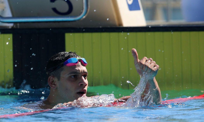 Leonardo Santos, ISL, borboleta,  -nadador vence 200 medley em etapa de Budapeste do Liga Internacional de Natação