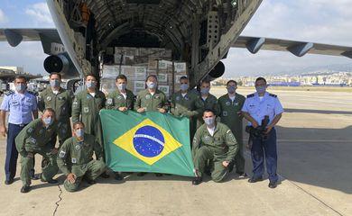 Comitiva brasileira que viajou ao Líbano na última semana passada retorna hoje ao Brasil. Chefiada pelo ex-presidente Michel Temer, equipe embarcou ontem de Beirute