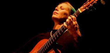 Violonista recebeu muitos elogios por seu álbum dedicado á obra de Nicanor Teixeira