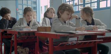 As crianças aprontam mais confusão na escola