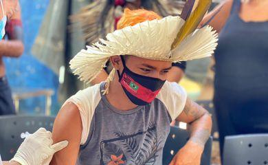 Vacina contra Covid-19 chega à aldeia indígena Mata Verde Bonita, em Maricá