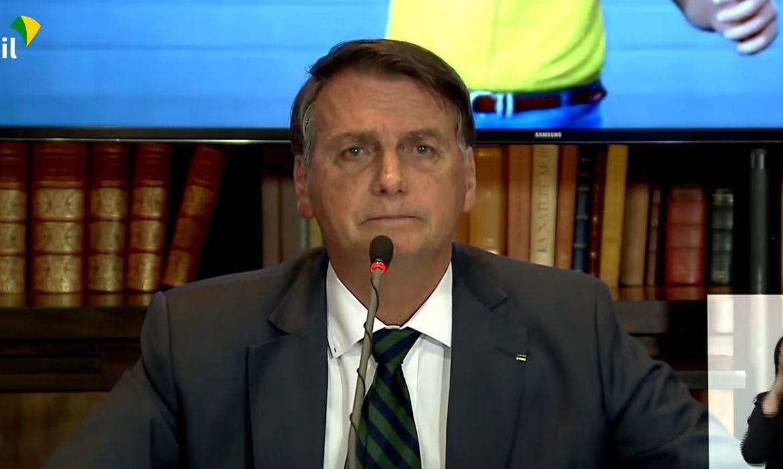 Presidente Jair Bolsonaro faz tradicional live na quinta-feira (29).