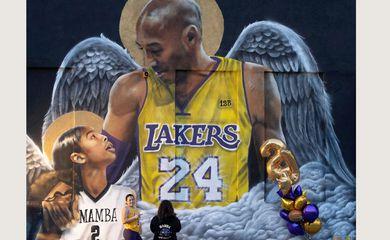 Mural em homenagem a Kobe Bryant em Los Angeles