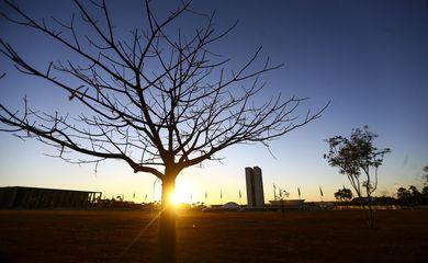 Tempo seco em Brasília.