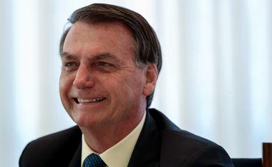 O presidente da República, Jair Bolsonaro toma café da manhã com ministro-chefe da Secretaria de Governo, Luiz Eduardo Ramos e Parlamentares no palácio da Alvorada