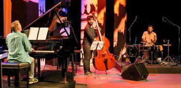 Com show do Marvio Ciribelli Trio, foram anunciados os vencedores do Festival de Música Rádios MEC e Nacional 2017, que este ano homenageou o maestro Tom Jobim