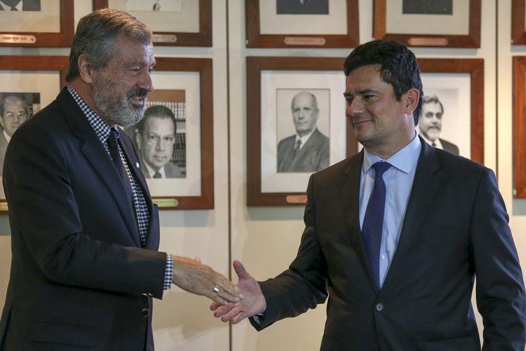 Torquato Jardim e Sérgio Moro falam à imprensa após reunião