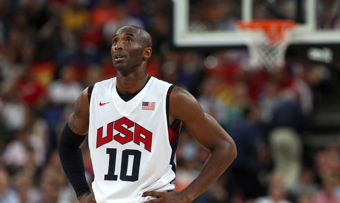 FILE PHOTO: Olympics - London 2012 Olympic Games - North Greenwich Arena  - 12/8/12  Basketball - Men's Basketball Gold Medal Game - USA v Spain - USA's Kobe Bryant   Mandatory Credit: Action Images / Paul Childs/File Photo.  PLEASE NOTE: FOR