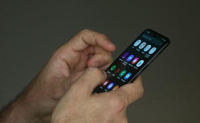 Uso de Smartphone e celular