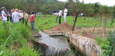 """Projeto """"Produtor de Água da Bacia do Piriripau"""" - http://www.sudeco.gov.br/noticias/"""