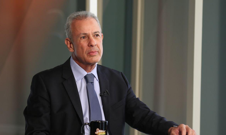 O ministro de Minas e Energia, Bento Albuquerque, participa do programa Sem Censura,  na TV Brasil