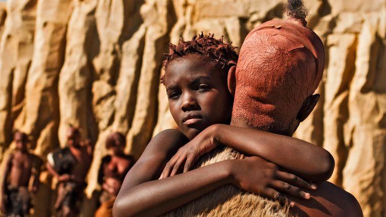 """Episódio de estreia de """"História Mundial"""" mostra os primórdios da espécie humana na África"""