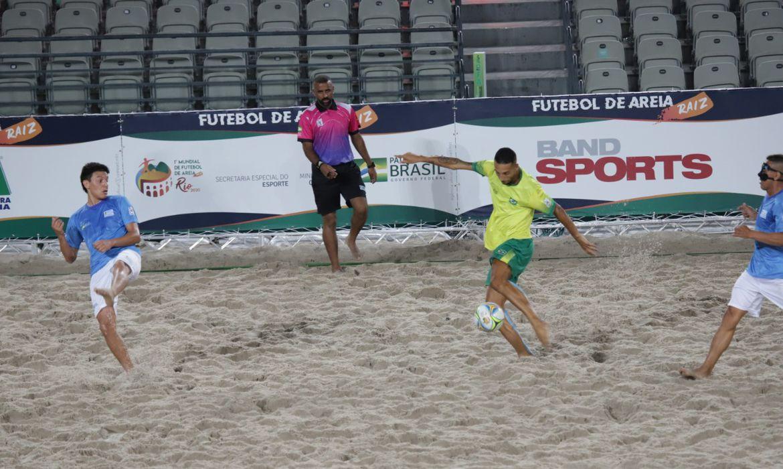 brasil, uruguai, mundial de futebol de areia raiz