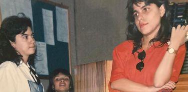 Alessandra Roscoe aos 18 anos na Rádio Nacional