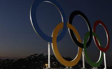 Rio de Janeiro - Anéis olímpicos decoram Estádio do Maracanã para cerimônia de abertura dos Jogos Rio 2016 (Fernando Frazão/Agência Brasil)
