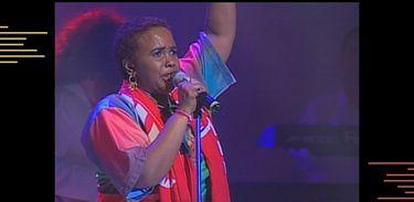 Rainha do soul music, Sandra de Sá canta Bye Bye Tristeza, composição de Marcos Valle e Carlos Colla