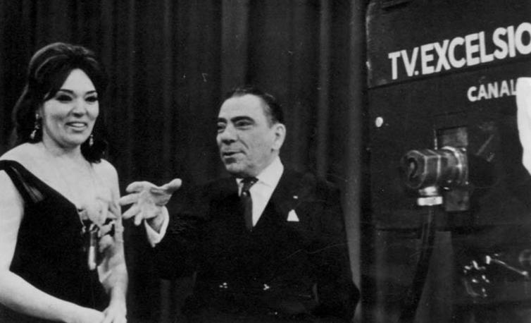 Programa Brasil 60. TV Excelsior-1960. Na foto Bibi Ferreira e Procópio Ferreira.