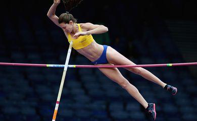 Fabiana Murer chora após ficar em último no salto com vara
