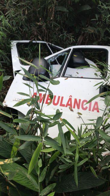 Ambulância usada em roubo de ouro