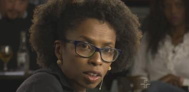 Socióloga Núbia Regina Moreira no Café Filosófico